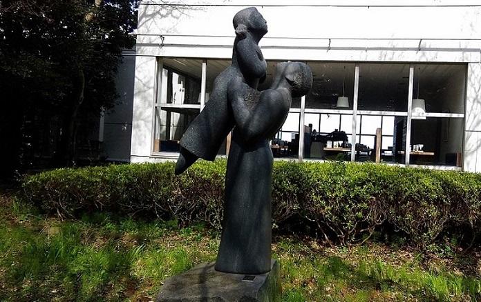 北九州市立美術館オブジェ